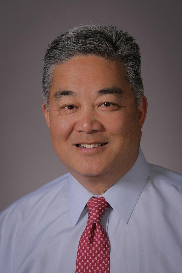 Willie Chiang v2.jpg