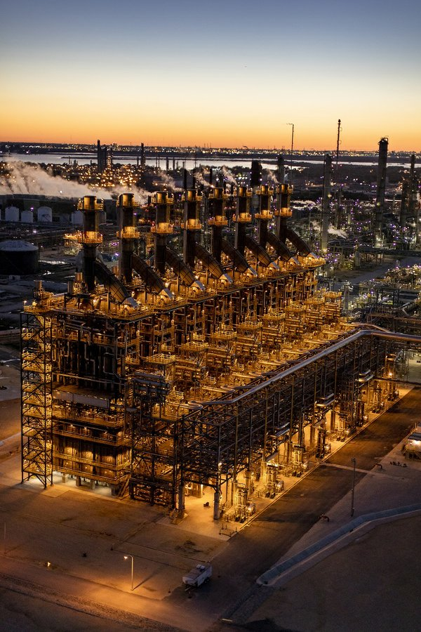 Injured work from Baytown ExxonMobil plant fire files