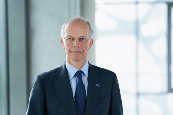 Dr. Kurt Bock
