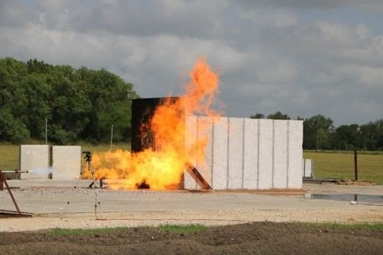 Native Ad Pic 1_Jet Fire Test.jpg