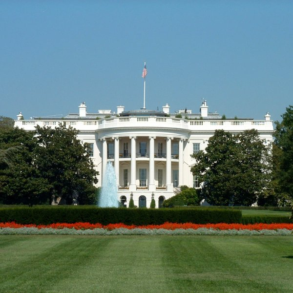 whitehouse-2.jpg