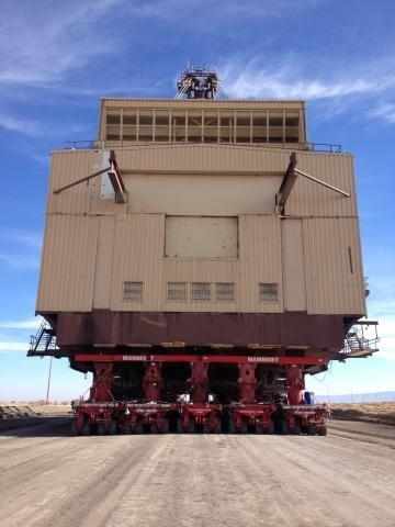 Mammoet carrying Peabody Energy dragline.jpg