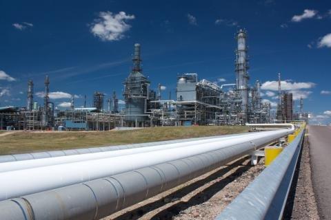 Flint Hills Pine Bend refinery.jpg