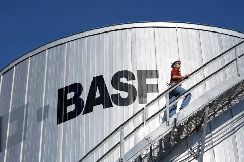 BASF Freeport tank.jpg
