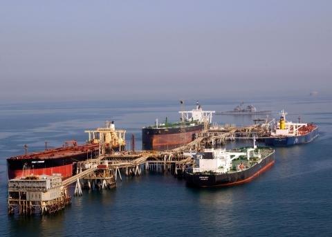 Iraq oil tankers.jpg