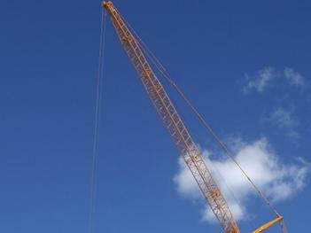 Wanzek 600-ton AT crane.jpg