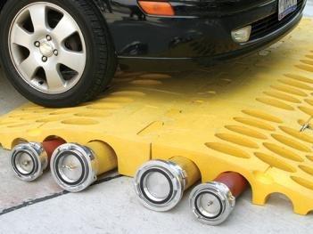 Checkers hose bridges.jpg