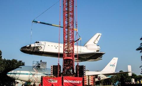 Mammoet NASA Space Center.jpg