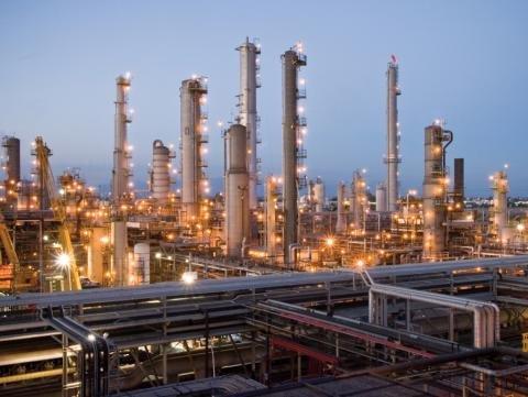 ExxonMobil Torrance refinery.jpg