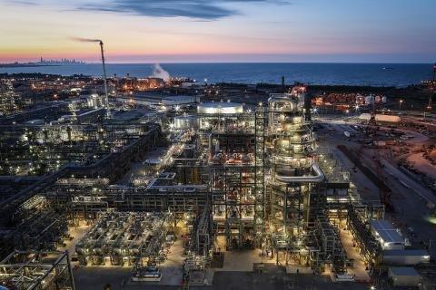 BP Whiting refinery.jpg