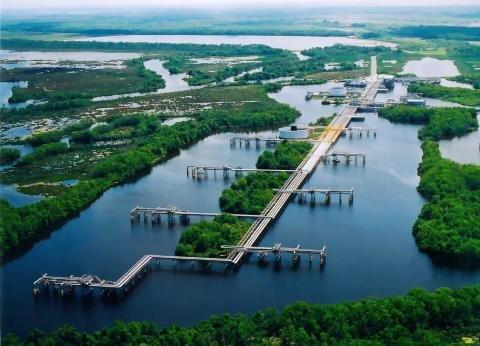 Louisiana Offshore Oil Port.jpg