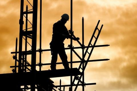 Worker on scaffolding.jpg