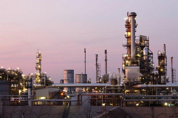 Refinery 18.jpg
