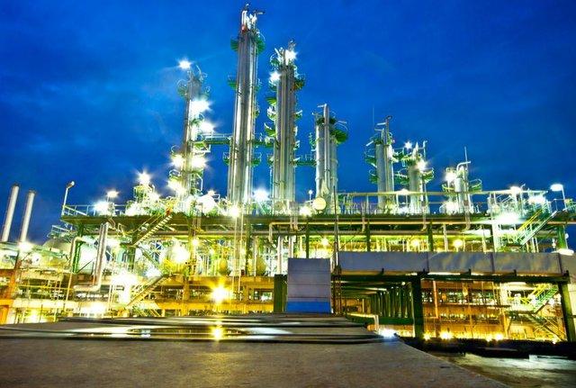 Refinery 14.jpg