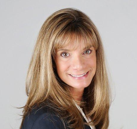 Jill Kozur, Hunter