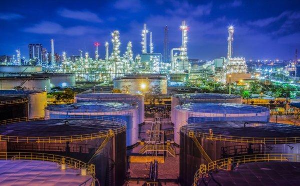 Refinery 28.jpg