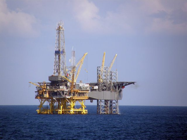 Offshore oil rig 8