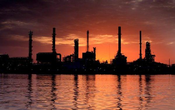 Refinery 24