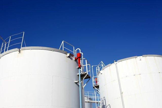 Oil terminal 2.jpg