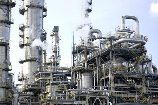 Refinery 30
